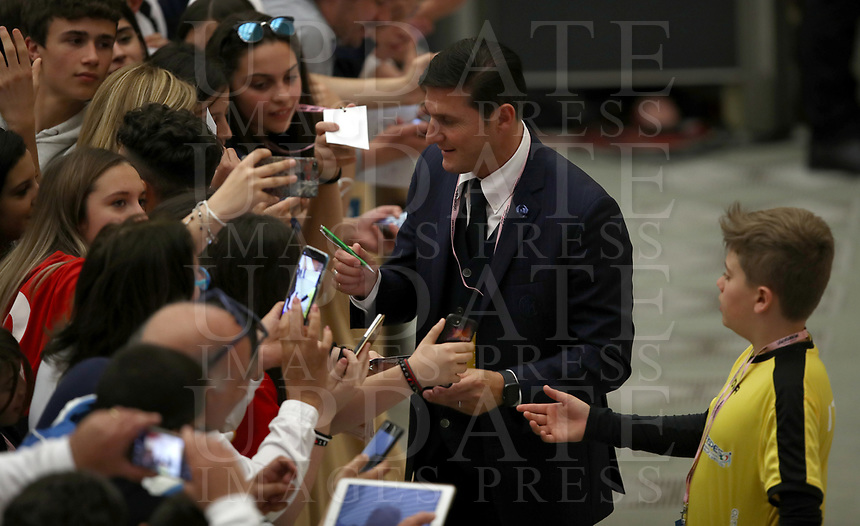 Inter-Milan former football player Javier Zanetti of Argentine signs autographs before an audience with managers and members of the italian Football Federation (FIGC) and Gazzetta dello Sport newspaper, in Paul VI Hall at the Vatican, on May 24, 2019. in Paul VI Hall at the Vatican, on May 24, 2019.<br /> UPDATE IMAGES PRESS/Isabella Bonotto<br /> <br /> STRICTLY ONLY FOR EDITORIAL USE