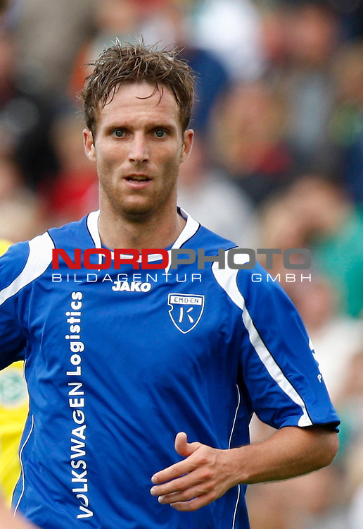 FBL  2008/2009  Testspiel<br /> Werder Bremen - Kickers Emden in Leer-Loga<br /> Markus Unger (Kickers #17)<br /> <br /> Foto &copy; nph (  nordphoto  )<br /> <br /> <br /> <br />  *** Local Caption ***