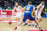 Real Madrid's Sergio Rodriguez and UCAM Murcia's Lishchuk during the first match of the playoff at Barclaycard Center in Madrid. May 27, 2016. (ALTERPHOTOS/BorjaB.Hojas)