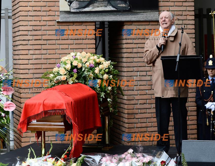 Dario Fo <br /> Milano 31/05/2013 Teatro Strehler  - funerali Franca Rame rito civile <br /> foto Daniele Buffa/Image/Insidefoto