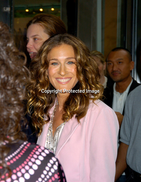 Sarah Jessica Parker ..arriving at The Gap in New York City on September 9, 2004...She was helping contest winners pickout  clothes from the Gap. Photo by Robin Platzer, Twin Images
