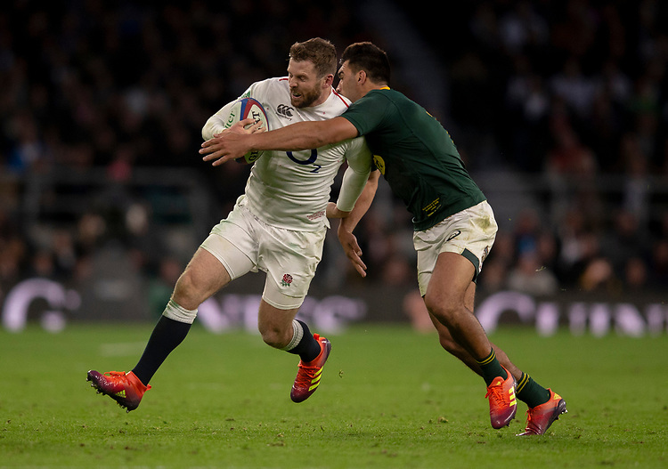 England's Elliot Daly in action during todays match<br /> <br /> Photographer Bob Bradford/CameraSport<br /> <br /> Quilter Internationals - England v South Africa - Saturday 3rd November 2018 - Twickenham Stadium - London<br /> <br /> World Copyright © 2018 CameraSport. All rights reserved. 43 Linden Ave. Countesthorpe. Leicester. England. LE8 5PG - Tel: +44 (0) 116 277 4147 - admin@camerasport.com - www.camerasport.com