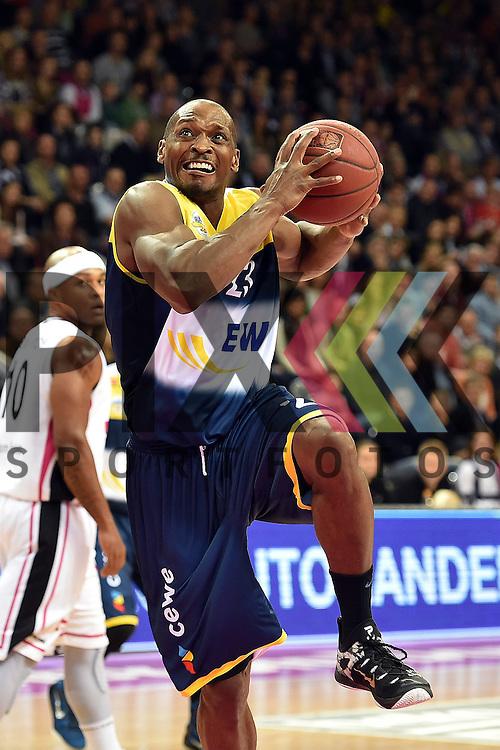 Am Ball Oldenburgs Nr23 Rickey Paulding im Spiel Telekom Baskets Bonn - EWE Baskets Oldenburg.<br /> <br /> Foto &copy; P-I-X.org *** Foto ist honorarpflichtig! *** Auf Anfrage in hoeherer Qualitaet/Aufloesung Belegexemplar erbeten Veroeffentlichung ausschliesslich fuer journalistisch-publizistische Zwecke For editorial use only
