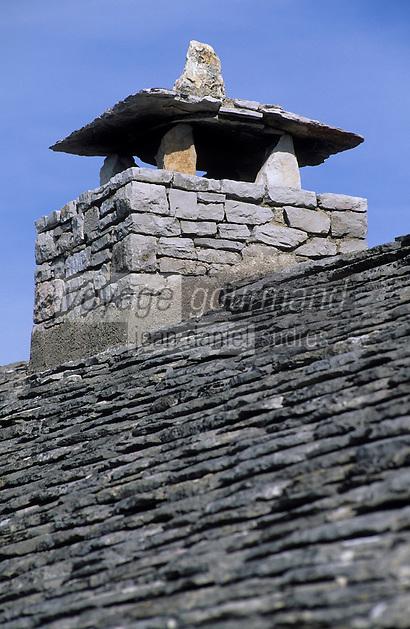 """Europe/France/Auvergne/12/Aveyron/Larzac: Ecomusée du Larzac """"la Jasse"""" - Détail du toit d'une ancienne bergerie"""