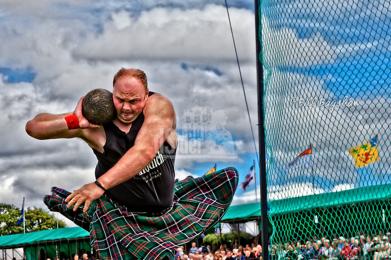 Craig Sinclair. Scottish Highland Games Heavy dsider.co.uk online magazine, photo courses