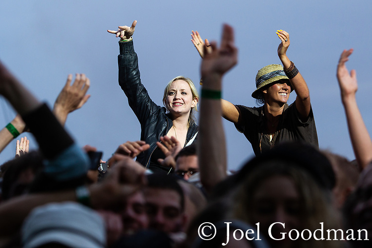 © Joel Goodman - 07973 332324 . 30/06/2012 . Manchester , UK . Crowds at the Stone Roses Second Coming reunion gig at Heaton park in North Manchester . Photo credit : Joel Goodman