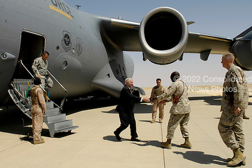 Secretary of Defense Robert M. Gates is greeted by U.S. Marine Maj. Gen. Walter E. Gaskin upon his arrival at Al Asad Air Base, Iraq, Sept. 3, 2007.  Gaskin is the commader of the 2nd Battalion, 2nd Marines.  Defense Dept. photo by Cherie A. Thurlby (released)