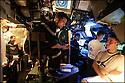 SNA Saphir,<br /> Sous-marin nucl&eacute;aire d'attaque.<br /> Poste de commandement navigation op&eacute;ration.