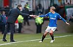 09.12.2018 Dundee v Rangers: Joe Worrall handed a note during play from Steven Gerrard
