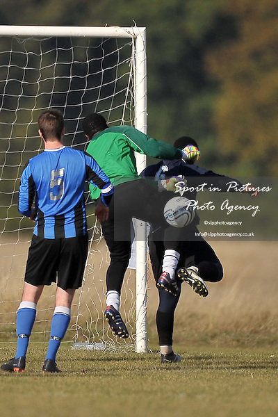 D C United Vs Tollington Park. North East London and Essex Churches Football League. Wanstead Flats. London. 22/10/2011. MANDATORY Credit Sportinpictures/Garry Bowden - NO UNAUTHORISED USE - 07837 394578