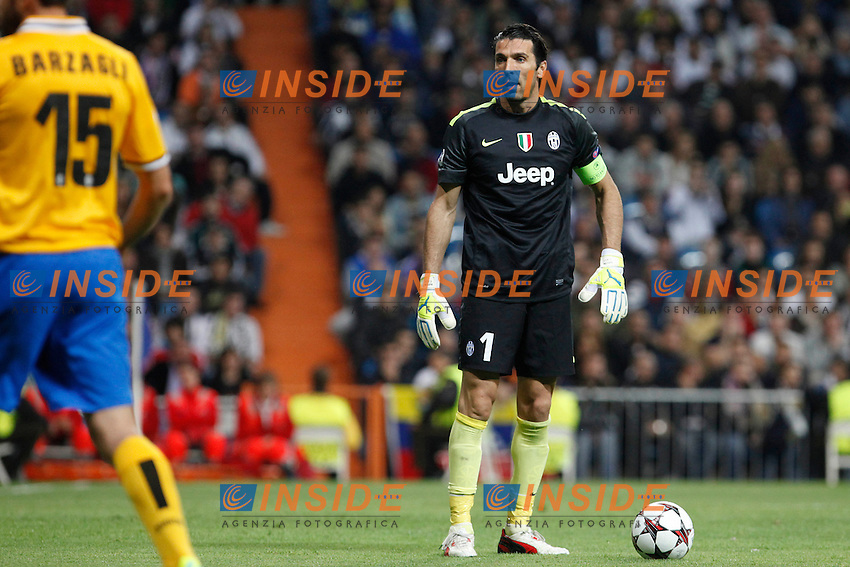 Buffon of Juventus during the Champions League group B soccer match between Real Madrid and Juventus at Santiago Bernabeu stadium in Madrid, Spain. October 23, 2013. (ALTERPHOTOS/Caro Marin) <br /> Real Madrid - Juventus <br /> Foto Insidefoto / ITALY ONLY
