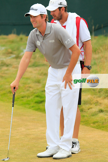 Webb SIMPSON (USA) at the 17th green during Thursday's Round 1 of the 2015 U.S. Open 115th National Championship held at Chambers Bay, Seattle, Washington, USA. 6/18/2015.<br /> Picture: Golffile | Eoin Clarke<br /> <br /> <br /> <br /> <br /> All photo usage must carry mandatory copyright credit (&copy; Golffile | Eoin Clarke)