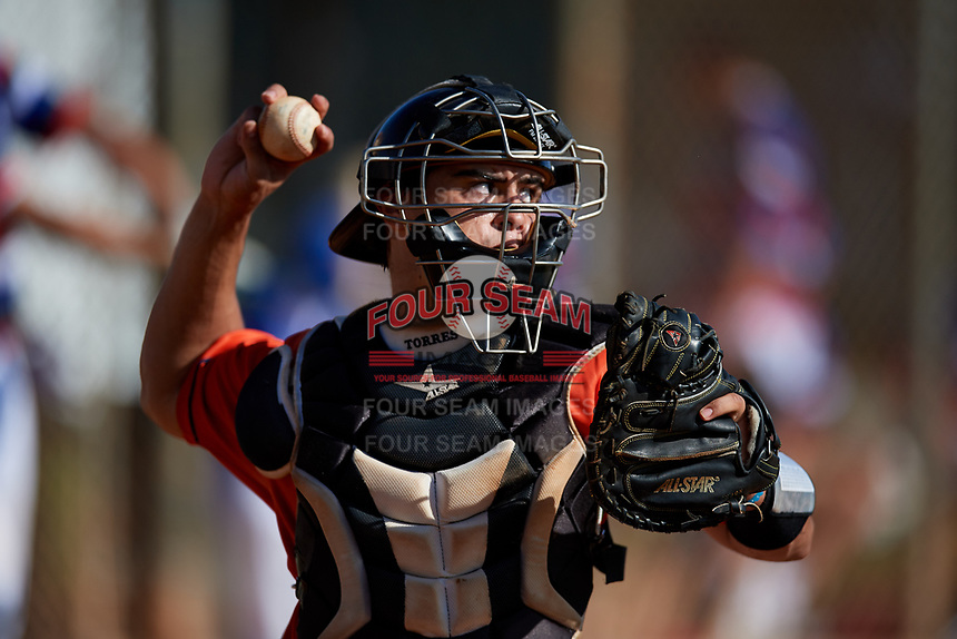 Raymond Torres during the WWBA World Championship at the Roger Dean Complex on October 20, 2018 in Jupiter, Florida.  Raymond Torres is a catcher from Charlotte, North Carolina who attends Providence High School and is committed to Louisiana State.  (Mike Janes/Four Seam Images)