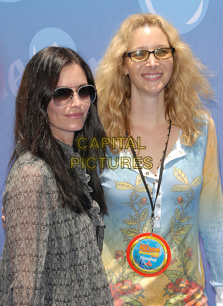 COURTENEY COX ARQUETTE & LISA KUDROW.attends The Finding Nemo Submarine Voyage Celebrity Preview held in Tomorrowland at Disneyland in Anaheim, California, USA, June 10 2007                                                                     half length sunglasses.CAP/DVS.©Debbie VanStory/Capital Pictures