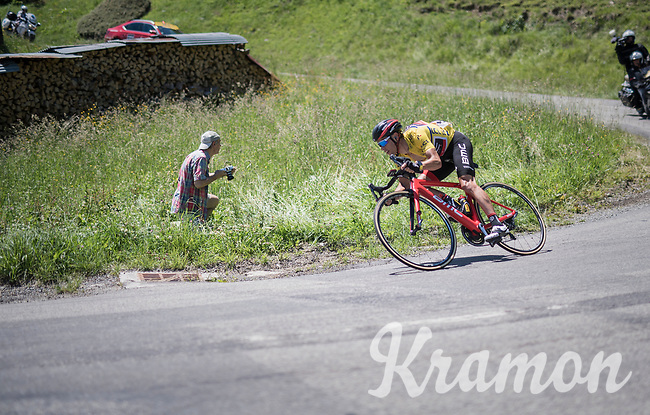 Richie Porte (AUS/BMC) trying to minimise losing time descending the Col de la Colombi&egrave;re<br /> <br /> 69th Crit&eacute;rium du Dauphin&eacute; 2017<br /> Stage 8: Albertville &gt; Plateau de Solaison (115km)