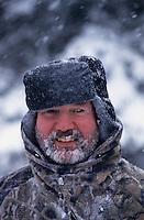 Amérique/Amérique du Nord/Canada/Quebec/Saguenay : M. Marcel Bouchard chef de l'auberge des 21 lors d'une partie de chasse