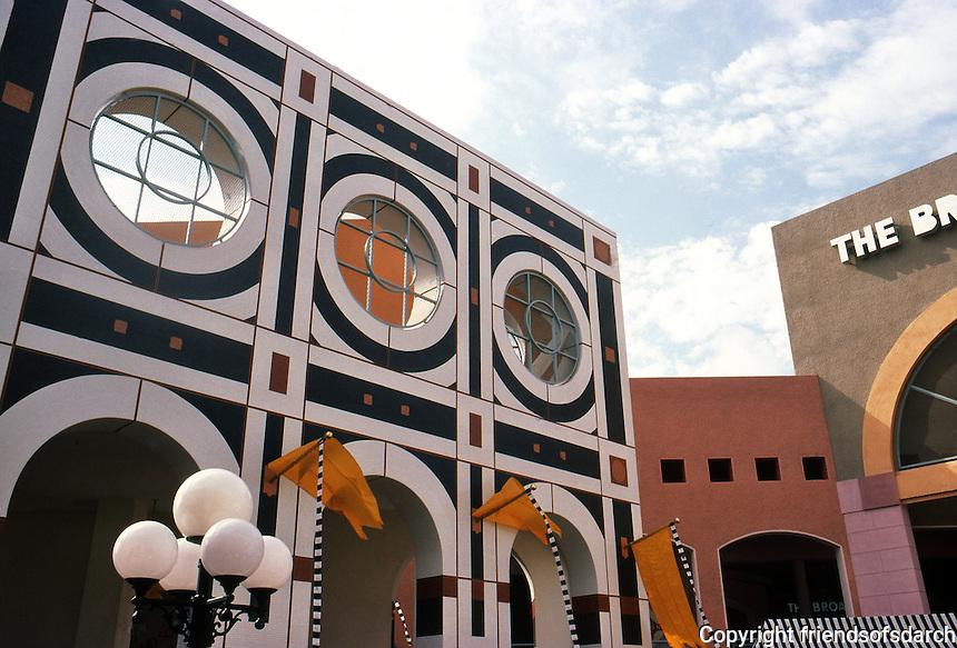 San Diego: Horton Plaza. Jon Jerde, Architect. 1985.