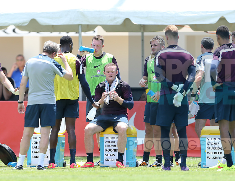 England's Wayne Rooney looks on during training<br /> <br /> England Training &amp; Press Conference  - Barry University - Miami - USA - 06/06/2014  - Pic David Klein/Sportimage