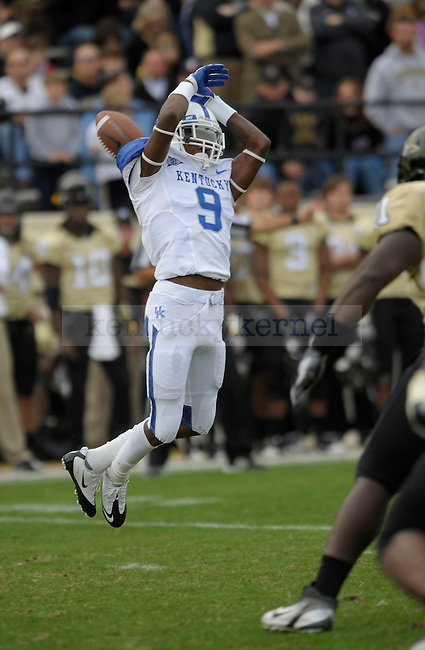 Kentucky Wildcats WR Demarco Robinson (9) drops a pass during the University of Kentucky Football game against  Vanderbilt at Vanderbilt Stadium in Nashville, Tn., on 11/12/11. Uk lost the game 8-38. Photo by Mike Weaver | Staff