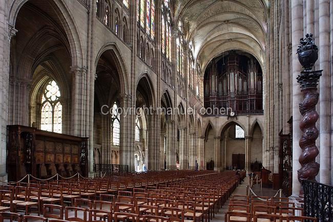 Nave, 12th century, Abbey church of Saint Denis, Seine Saint Denis, France. Picture by Manuel Cohen
