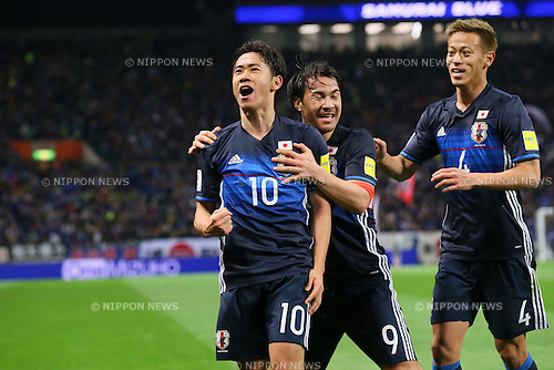 (L to R) Shinji Kagawa, Shinji Okazaki, Keisuke Honda (JPN), MARCH 29, 2016 - Football / Soccer : FIFA World Cup Russia 2018 Asian Qualifier Second Round Group E match between Japan 5-0 Syria at Saitama Stadium 2002, Saitama, Japan. Okazaki was made captain for the night to celebrate his 100th cap for his country. He is Japan's third all-time goalscorer with 48 goals in his 100 games. (Photo by YUTAKA/AFLO SPORT)