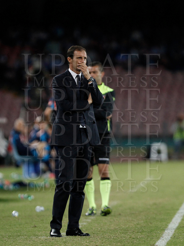 Calcio, Serie A: Napoli vs Juventus. Napoli, stadio San Paolo, 26 settembre 2015. <br /> Juventus&rsquo; coach Massimiliano Allegri looks on during the Italian Serie A football match between Napoli and Juventus at Naple's San Paolo stadium, 26 September 2015.<br /> UPDATE IMAGES PRESS/Isabella Bonotto