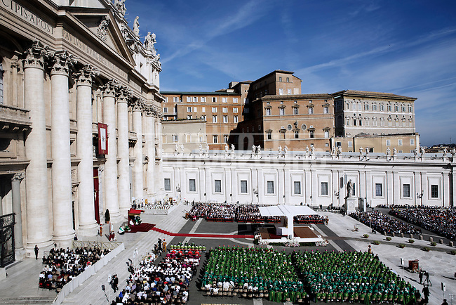 Pope Francis celebrates  the mass as part of the Marian Day event at St Peter Square in Vatican on October 13 2013