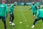 17.01.2020, Trainingsgelaende am wohninvest WESERSTADION,, Bremen, GER, 1.FBL, Werder Bremen Training ,<br /> <br /> <br />  im Bild<br /> <br /> Claudio Pizarro (Werder Bremen #14)<br /> Maximilian Eggestein (Werder Bremen #35)<br /> Johannes Eggestein (Werder Bremen #24)<br /> <br /> <br /> Foto © nordphoto / Kokenge