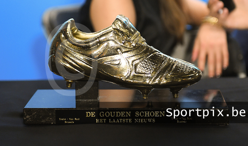 20170208 – LINT ,  BELGIUM : Golden Shoe 2017 pictured during the  63nd men edition of the Golden Shoe award ceremony and 1st Women's edition, Wednesday 8 February 2017, in Lint AED studio. The Golden Shoe (Gouden Schoen / Soulier d'Or) is an award for the best soccer player of the Belgian Jupiler Pro League championship during the year 2016. The female edition is a first in Belgium.  PHOTO DIRK VUYLSTEKE | Sportpix.be