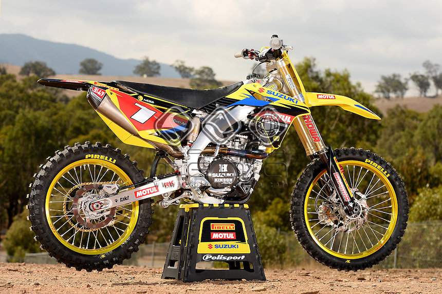 Matt Moss's Team Motul Suzuki 450<br />