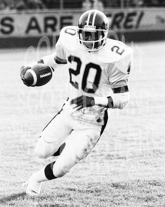 Cedric Minter Toronto Argonauts 1981. Copyright photograph Scott Grant