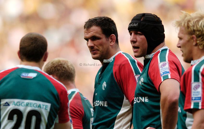 Photo. Richard Lane..Leicester Tigers v London Wasps. Zurich Premiership Final. 14/05/2005..Martin Johnson and Ben Kay.