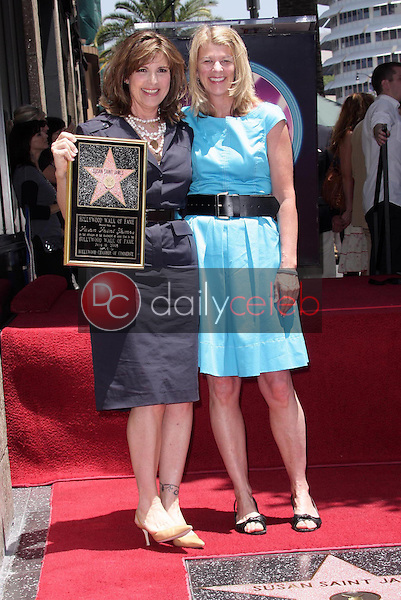 Susan Saint James and sister Mary Mercedes Dewey<br />at the award ceremony honoring Susan Saint James with a star on the Hollywood Walk of Fame. Hollywood Blvd., Hollywood, CA. 06-11-08<br />Dave Edwards/DailyCeleb.com 818-249-4998