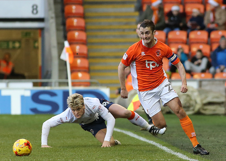 Blackpool's Danny Pugh gets away from Luton Town's Cameron McGeehan<br /> <br /> Photographer David Shipman/CameraSport<br /> <br /> The EFL Sky Bet League Two - Blackpool v Luton Town - Saturday 17th December 2016 - Bloomfield Road - Blackpool<br /> <br /> World Copyright &copy; 2016 CameraSport. All rights reserved. 43 Linden Ave. Countesthorpe. Leicester. England. LE8 5PG - Tel: +44 (0) 116 277 4147 - admin@camerasport.com - www.camerasport.com