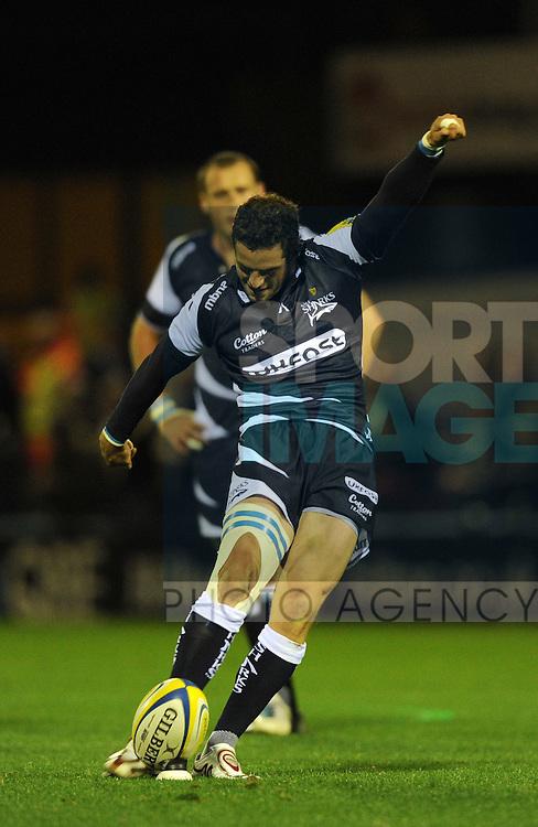 Nick Macleod of Sale Sharks kicks a penalty