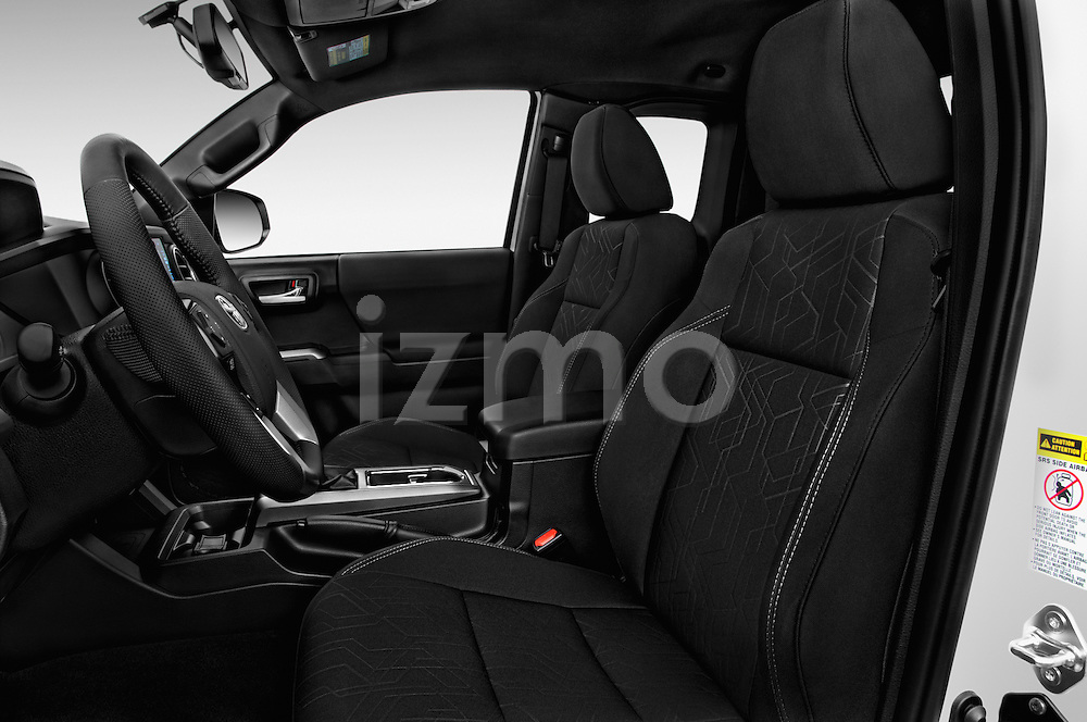 Front seat view of 2017 Toyota Tacoma TRD Sport 4 Door Pick Up Front Seat  car photos