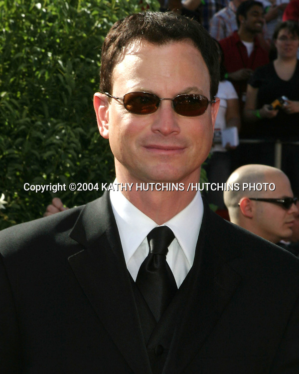 ©2004 KATHY HUTCHINS /HUTCHINS PHOTO.56TH ANNUAL PRIMETIME EMMY'S.SHRINE AUDITORIUM.LOS ANGELES, CA.SEPTEMBER 19, 2004..GARY SINISE.