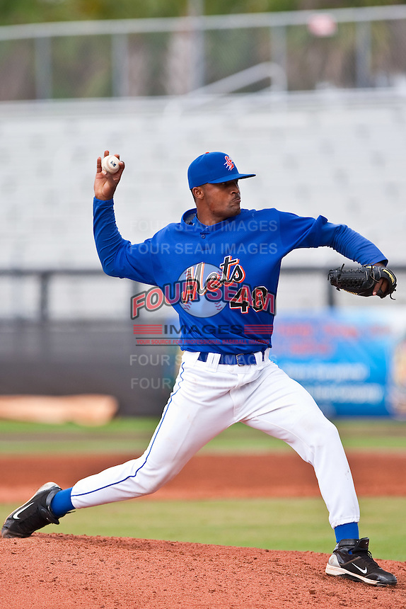 Elvin Ramirez (48) of the St. Lucie Mets during a game vs. the  Clearwater Threshers May 30 2010 at Digital Domain Park, Port St. Lucie Florida. St. Lucie won the game against Clearwater by the score of 3-2. Photo By Scott Jontes/Four Seam Images