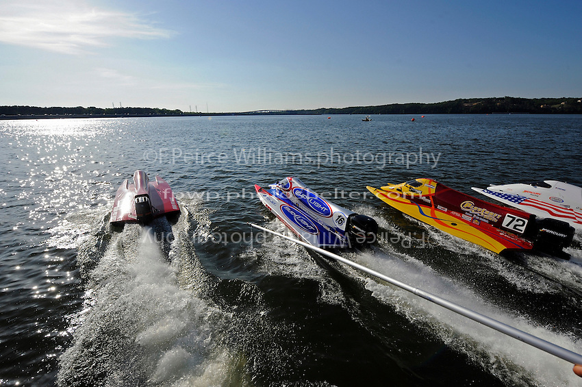 3-4 May 2008, Pickwick,TN USA.Leaders (L to R) Shaun Torrente, Tim Seebold, Lynn Simberger and Jeff Shepard blast away from the dock during the restart following Todd Beckman's rollover..©2008 F.Peirce Williams