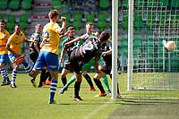 GRONINGEN - Voetbal, FC Groningen - de Graafschap, oefenduel, seizoen 2018--2019, 05-09-2018, Fabian Serrarens scoort 2-1, FC Groningen speler Lars Kramer is te laat