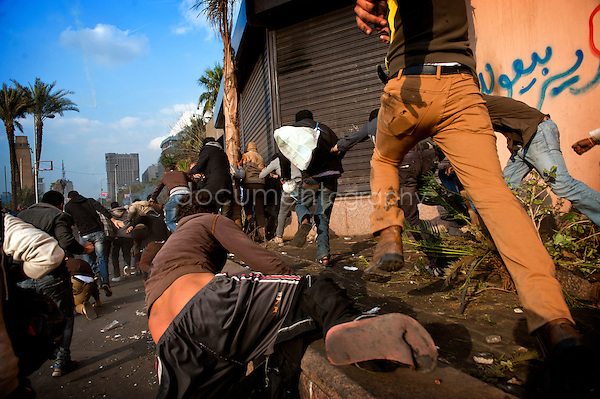 copyright : Magali Corouge / Documentography<br /> Cairo, 29 janvier 2013.<br /> Clashes at the corniche in Cairo between protestors and CSF.