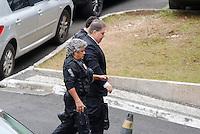 CURITIBA, PR, 29.07.2016 - LAVA JATO -  O ex-senador Gim Argello (PTB/DF) preso na 28ª fase da Operação Lava Jato, chega ao prédio Superintendência da Polícia Federal (PF) em Curitiba (PR) na manhã desta sexta-feira (29).  O ex-senador encontra-se preso no Complexo Médico-Penal (CMP) em Pinhais, na Região Metropolitana de Curitiba.(Foto: Paulo Lisboa/Brazil Photo Press)