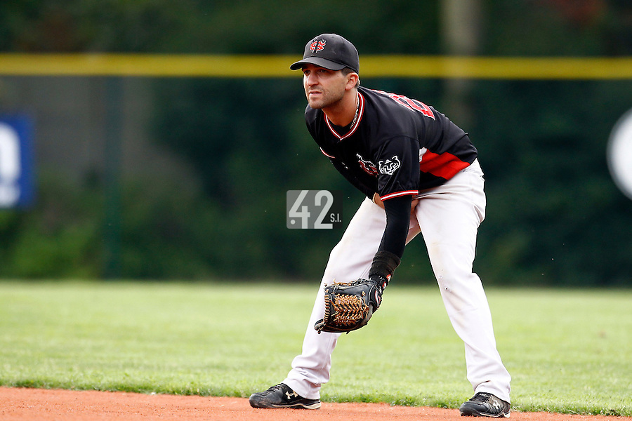 14 July 2011: Second base Sebastien Morgavi of Toulouse is seen on defense during the 2011 Challenge de France match won 15-0 by the Rouen Huskies over the Stade Toulousain at Stade Pierre Rolland, in Rouen, France.