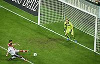 MUNIQUE, ALEMANHA, 06.09.2013 - COPA 2014 - ELIMINATORIAS EUROPA - Moroslav Klose da Alemanha durante partida contra a Austria jogo valido pela oitava rodada do grupo C das Eliminatorias Europeias da Copa do Mundo de 2014 no Estádio Allianz Arena em Munique na Alemanha, nesta sexta-feira, 06. A Alemanha venceu por 3 a 0 e lidera o grupo. (Foto: Reinaldo Coddou / Pixathlon / Brazil Photo Press).