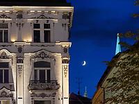 Palais Palugyay am Hauptplatz Hlavne nam., und Dom-Spitze, Bratislava, Bratislavsky kraj, Slowakei, Europa<br /> Palais Palugyay  at main square Hlavne nam. and cathedral spire, Bratislava, Bratislavsky kraj, Slovakia, Europe