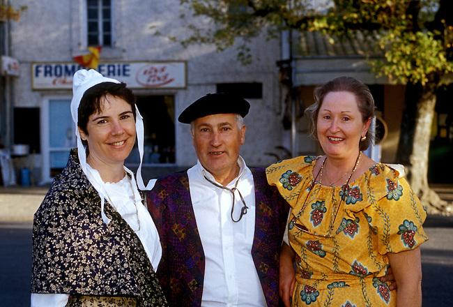 People, festival, town of Pernes les Fontaines, Vaucluse, Provence Alpes Cote d'Azur, France, Europe