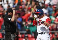 Mike Avilez de Puerto Rico conecta un triple en la quinta entrada baja, durante el partido entre Italia vs Puerto Rico, World Baseball Classic en estadio Charros de Jalisco en Guadalajara, Mexico. Marzo 12, 2017. (AP Photo/Luis Gutierrez)