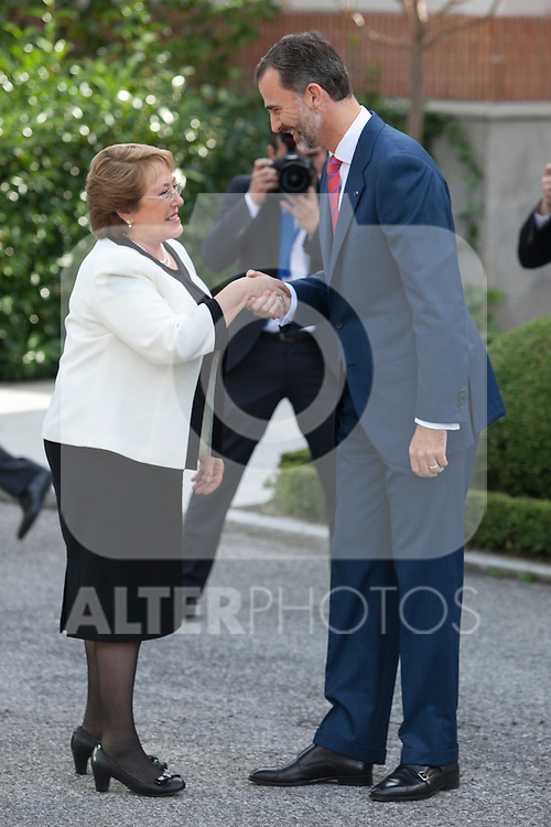 King Felipe VI of Spain and Queen Letizia of Spain receive Chile´s President Michelle Bachelet Jeria at Zarzuela Palace in Madrid, Spain. October 29, 2014. (ALTERPHOTOS/Victor Blanco)