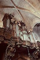 Europe/France/Auvergne/43/Haute-Loire/Parc Naturel Régional du Livradois-Forez/La Chaise Dieu: L'église abbatiale de Saint-Robert ([architecture] gothique) - Détail buffet d'orgues