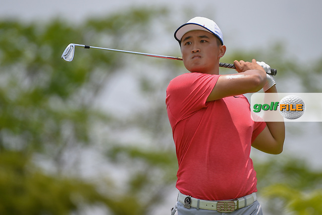 Zheng Kai BAI (CHN) watches his tee shot on 4 during Rd 2 of the Asia-Pacific Amateur Championship, Sentosa Golf Club, Singapore. 10/5/2018.<br /> Picture: Golffile   Ken Murray<br /> <br /> <br /> All photo usage must carry mandatory copyright credit (© Golffile   Ken Murray)